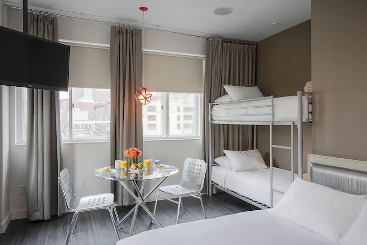 NU Hotel, Bunk Bed Suite