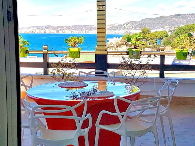 Dorina's Apartment with Sea View and Terrace