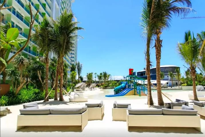 AZURE URBAN RESORT RESIDENCES BORACAY1611