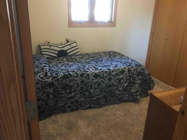 Single 3rd Bedroom
