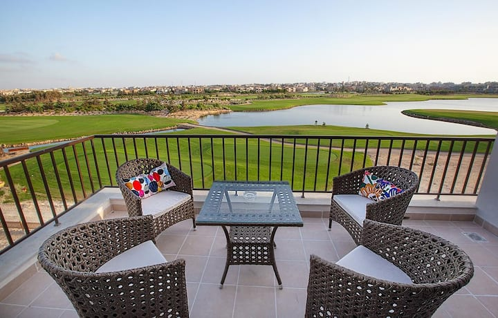 Marassi chalet with the golf course & Lagoon view