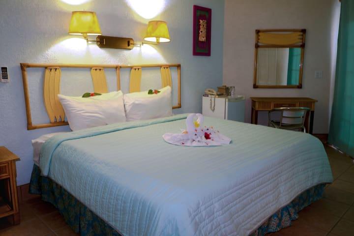 Cozy Hotel Room