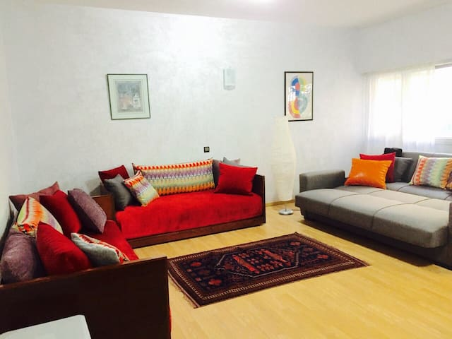 Gorgeous 100 SQM. Luxurious Flat in Agdal Centre ! - Rabat - Apartemen