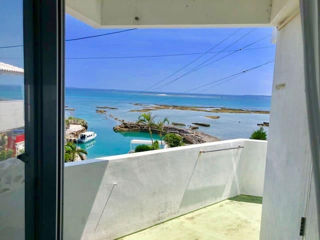 (102)浪漫沖繩海景公寓2月限定 住3晚送一晚 超值體驗