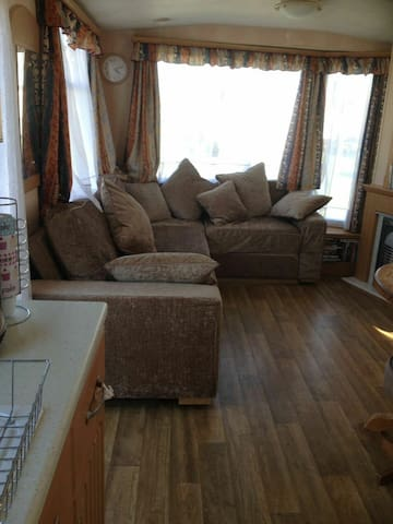 3bd caravan. Stone throw from beach - Leysdown-on-Sea - Overig