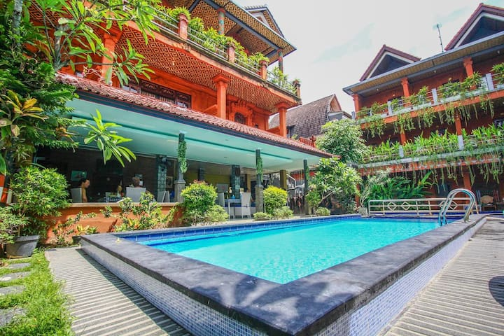 Standard Rooms with BF Near Padma Legian