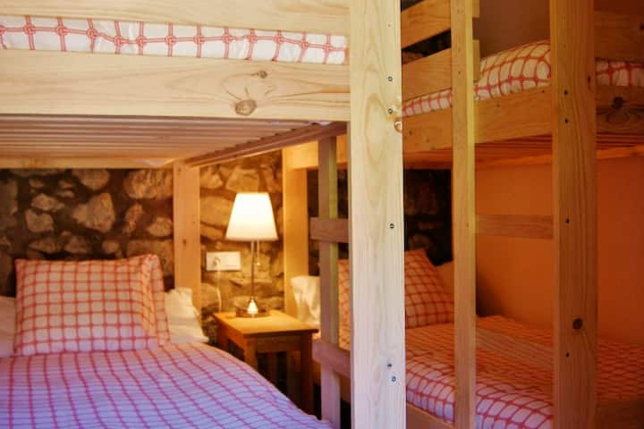 Comabona: Habitacion en el PN Cadí-Moixeró