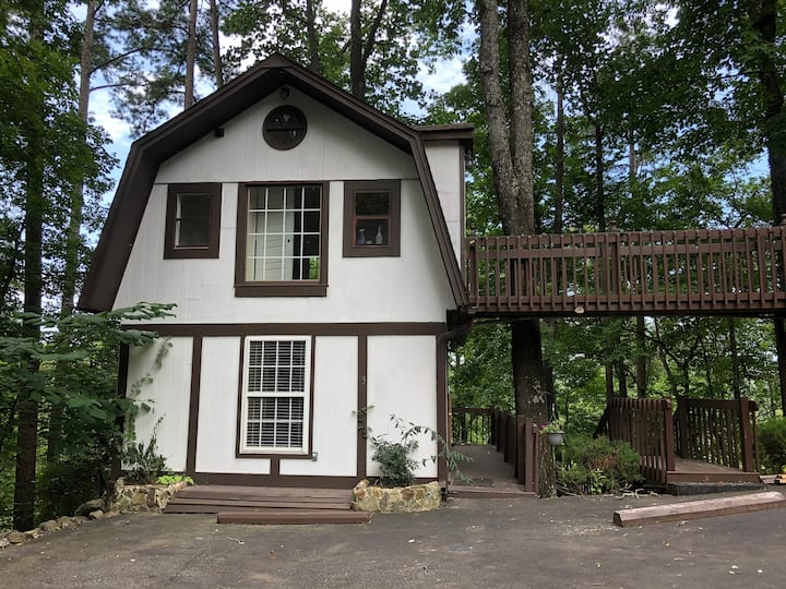 Oakwood Cottage at Saluda River Farms