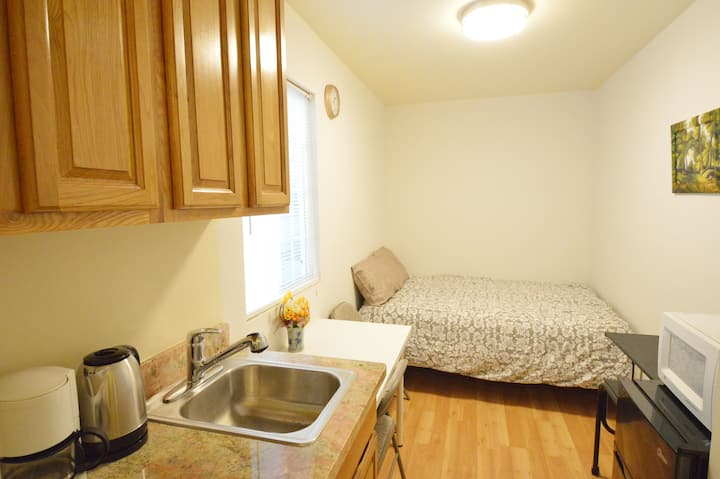 6805 Bedroom w/ Bath in Chinatown & Central SF