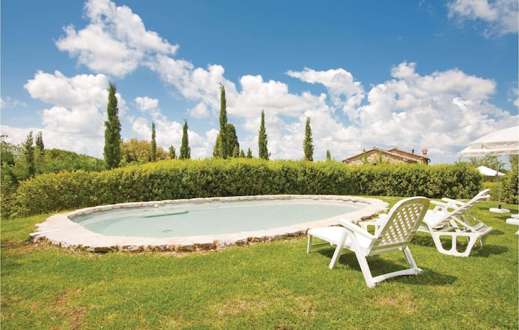 Holiday cottage with 1 bedroom on 60m² in Volterra PI