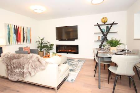 Private Hillside Luxury Suite