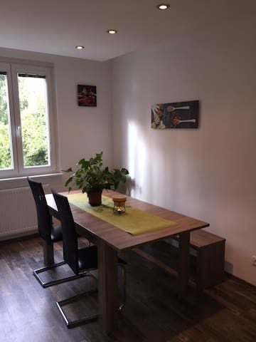 Comfortable 3-room-apartment - Vienna - Társasház