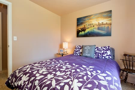 Walking Distance to Ford Idaho Center and CWI! - Nampa - House