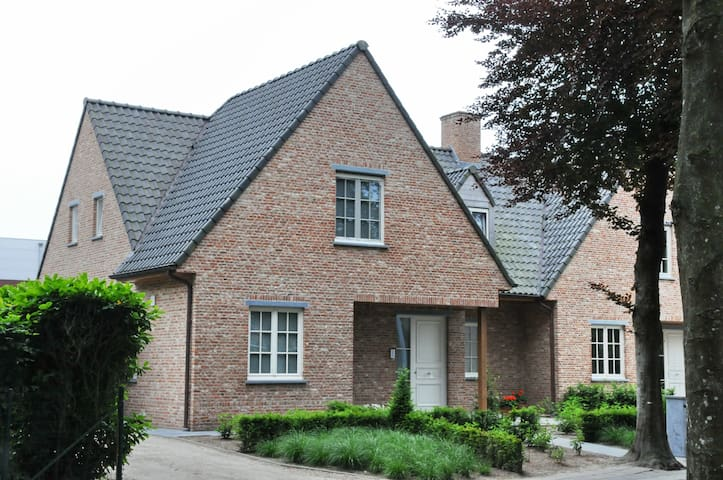 Villa Wood Edge - Hertsberge-Oostkamp - Casa