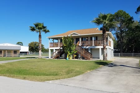 Home with direct water access to Lake Rosalie - Lake Wales - Casa