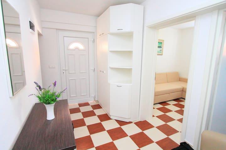 Apartment Genesis 2 - Trogir - Appartement