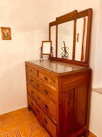 Graziella's room