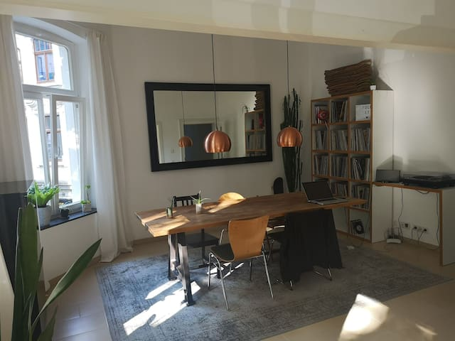 Wonderful flat in the heart of Ehrenfeld