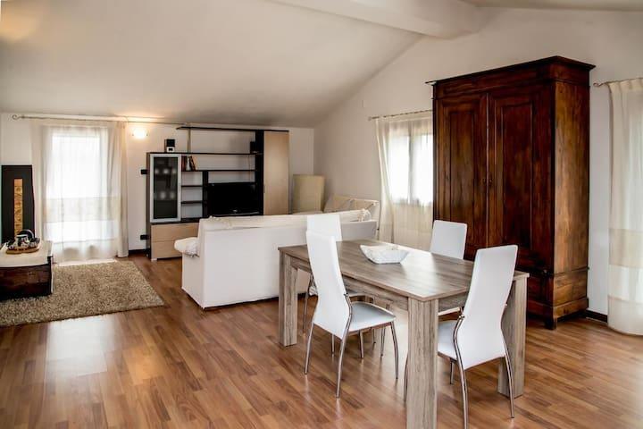 Appartamento in villa Attico