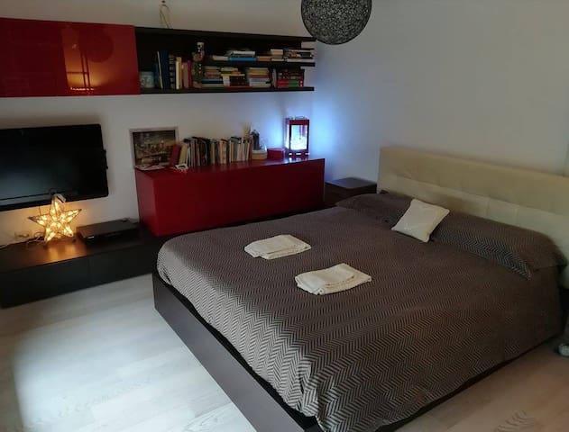 Cozy penthouse close to Venice