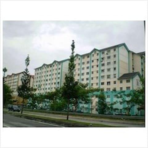 Enggang Apartment
