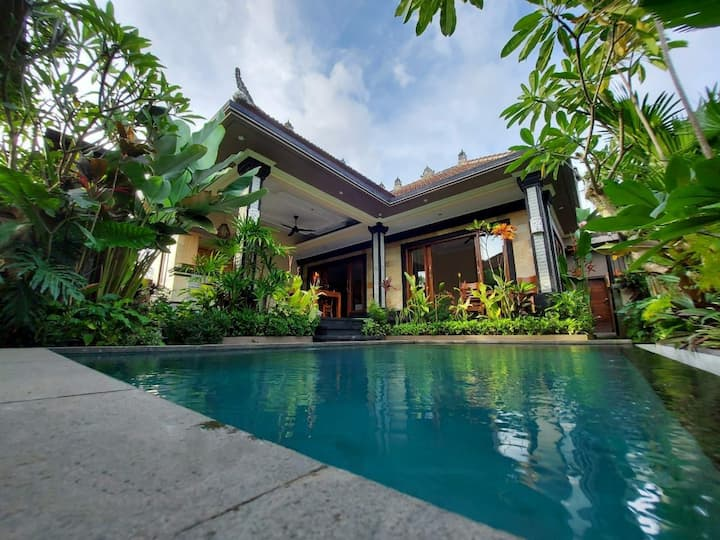 Marayas villa and spa for rent private pool