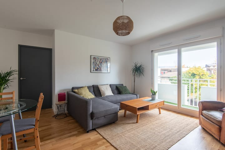 Chambre privée dans appartement calme et cosy