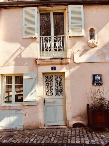 Maison de ville au centre historique de Nevers