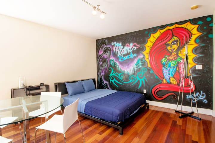 Beautiful Hudson Studio 3