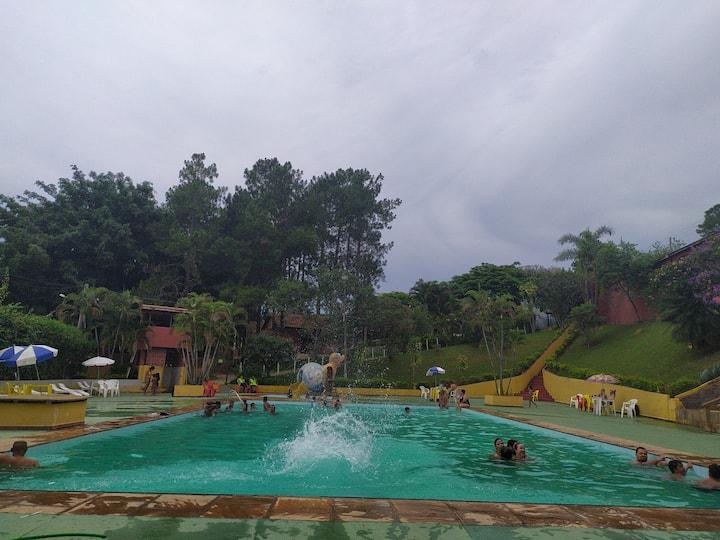 Mini-fazendinha_Piscinas_Lagos_Playground_Quadras