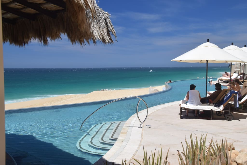 One of three infinity pools onsite with full service bar