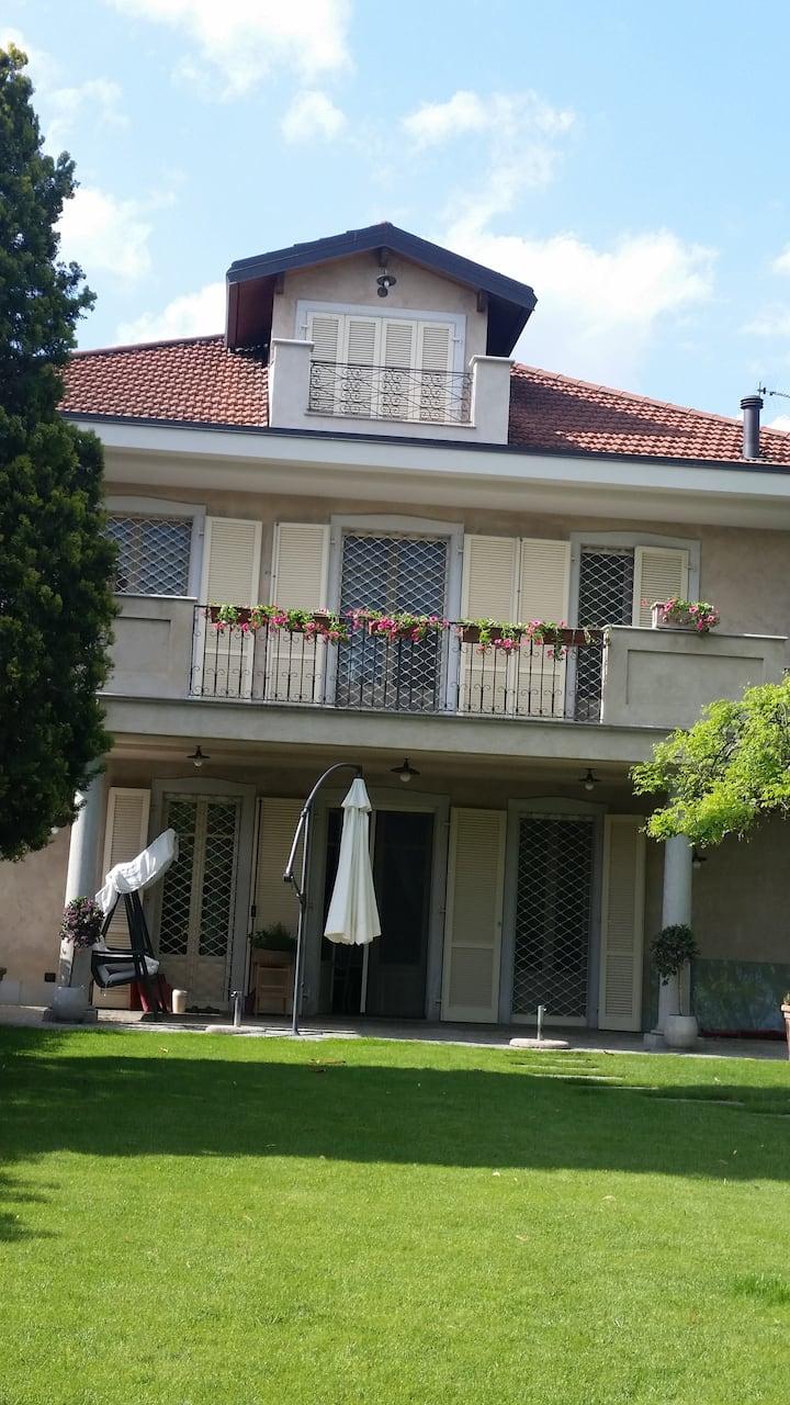 ampia mansarda situata in villa privata