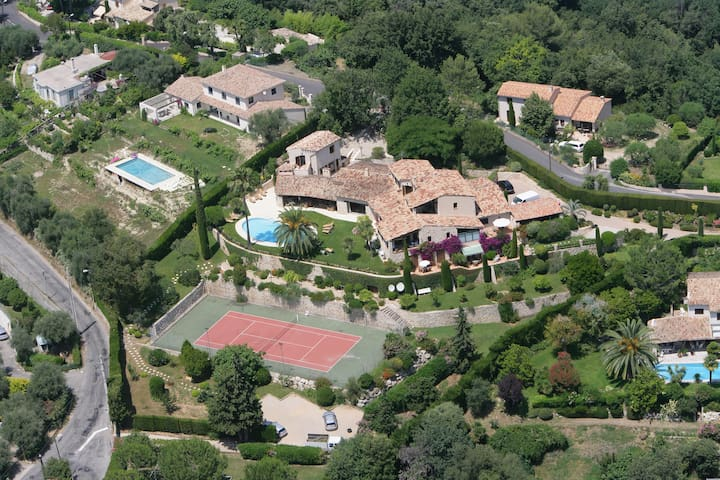 Service'd Lux Property close to Nice & Cannes - Saint Paul de Vence - Villa