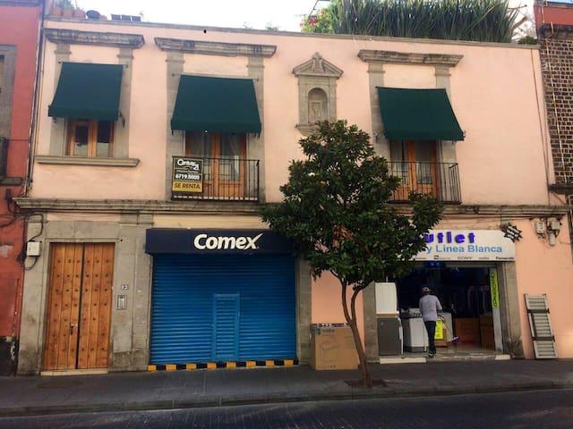 ESTUDIO SEGURO EN EL CORAZÓN DEL CENTRO HISTÓRICO