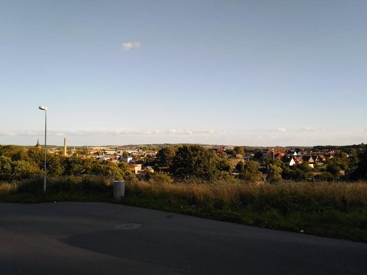 Flot lejlighed med udsigt nær Svendborg centrum