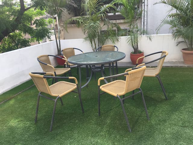 ✯Modern&Stylish room w/ terrace garden in S.Delhi✯