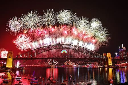 Uninterrupted Harbour Views, the ultimate NYE!!! - McMahons Point - Apartment