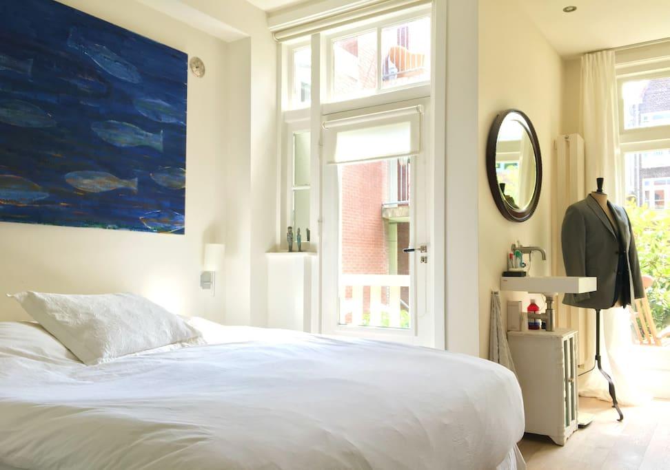 Master bedroom | En-suite design bath | Private terrace