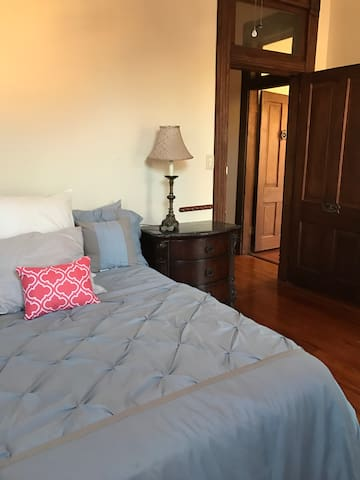 Southern Grace Add on Room ONLY - Natchez - Bed & Breakfast