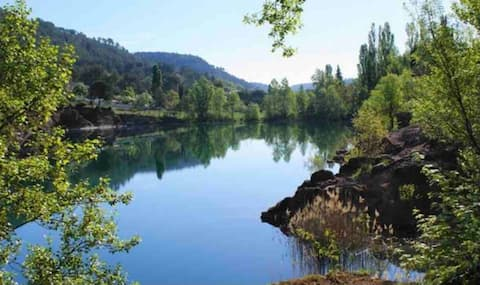 En Provence Verte ❤️ appart bord du lac, rdc villa