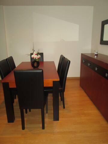 Grand et bel appartement près de Porto