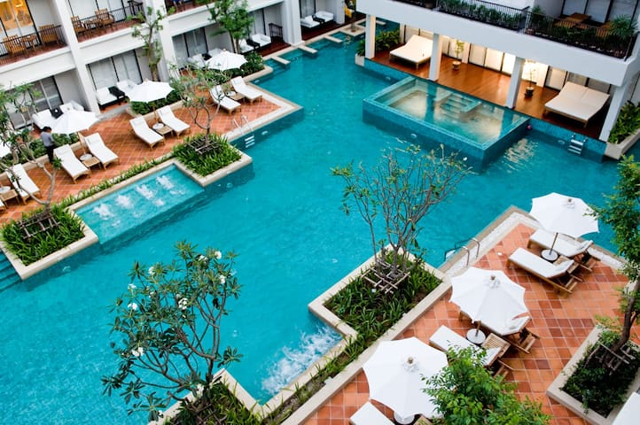 3 Bedroom Pool Villa Suite, Center of Patong Beach