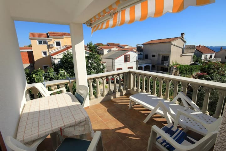 One bedroom apartment with terrace and sea view Ždrelac, Pašman (A-697-b)