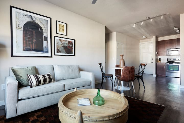 Sonder | Pearl District | Airy 2BR + Balcony
