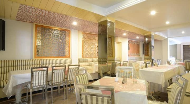 Amazing Hotel in Shimla # HPSHA005