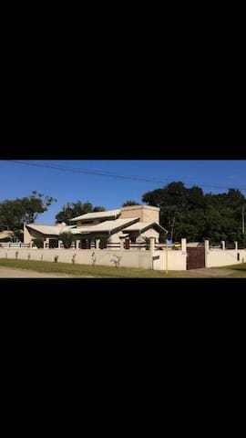Ótima casa em Angra - Angra dos Reis - Casa