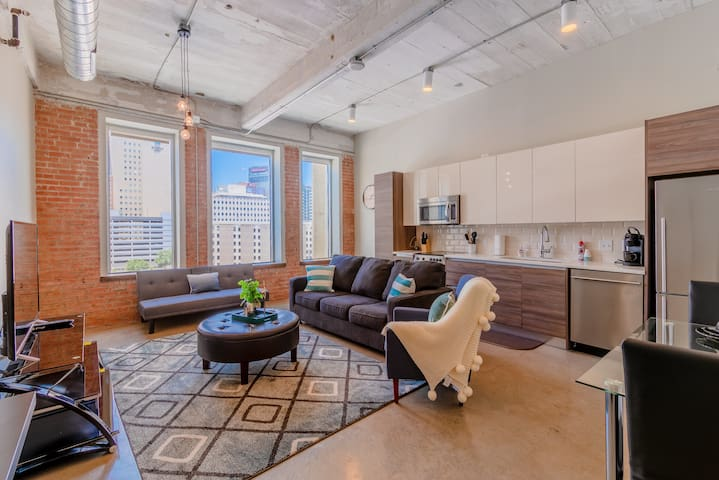 GA Living Suite| west Village Apartment/Parking