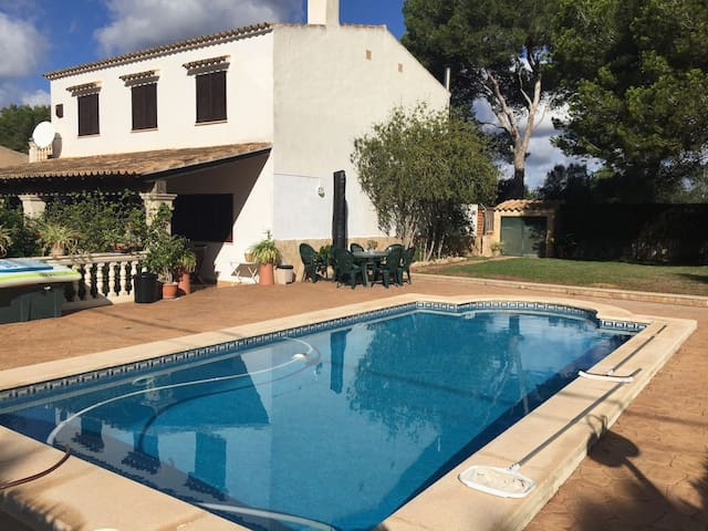 Finca with pool for 8 persons with bbq and terrace - Cala Pi - Haus