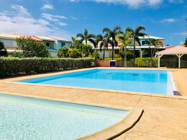 Villa «la plage». Superbe tarif semaine !