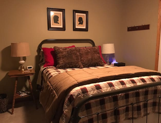 Cozy Room in Quaint Town on the Lake Wobegon Trail